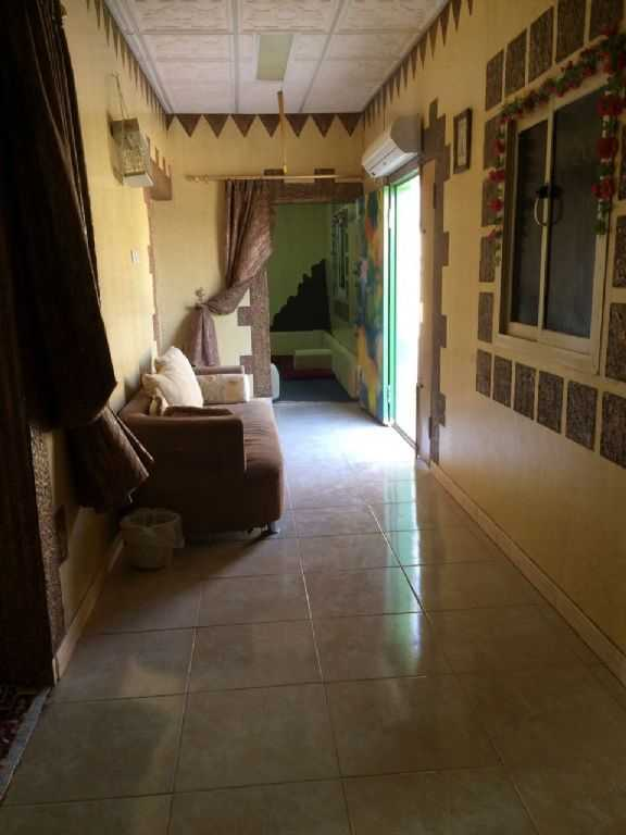 Photo 4 - 10 bedrooms 4 baths 5000 sqm For Sale Al Muzahimiyah Ar Riyad