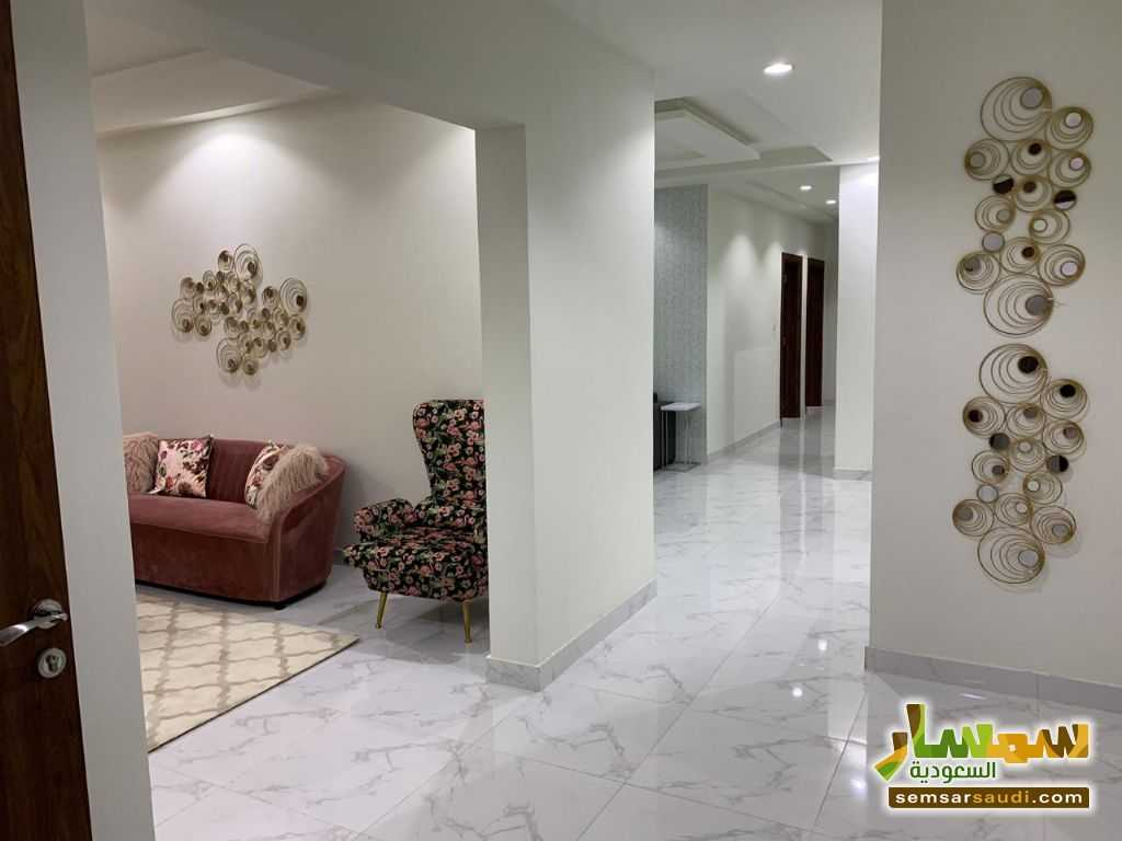 Ad Photo: Apartment 5 bedrooms 3 baths 215 sqm super lux in Jeddah  Makkah
