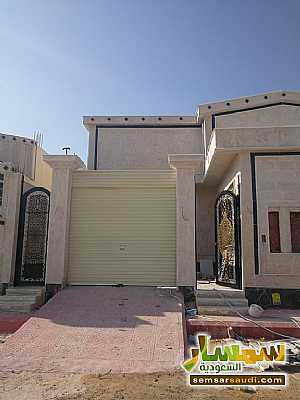 Villa 3 bedrooms 3 baths 370 sqm super lux For Sale Riyadh Ar Riyad - 1