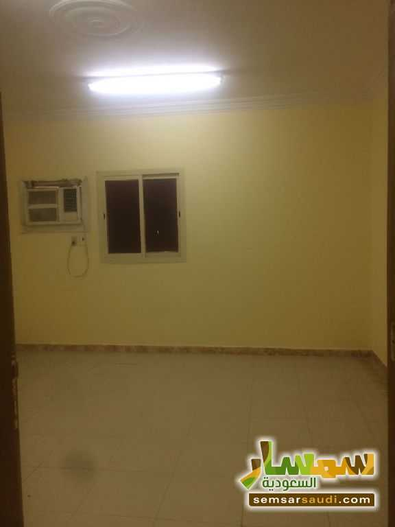 Photo 1 - Commercial 102 sqm For Rent Ad Dammam Ash Sharqiyah
