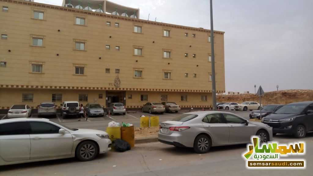 Photo 1 - Apartment 5 bedrooms 3 baths 169 sqm For Sale Riyadh Ar Riyad