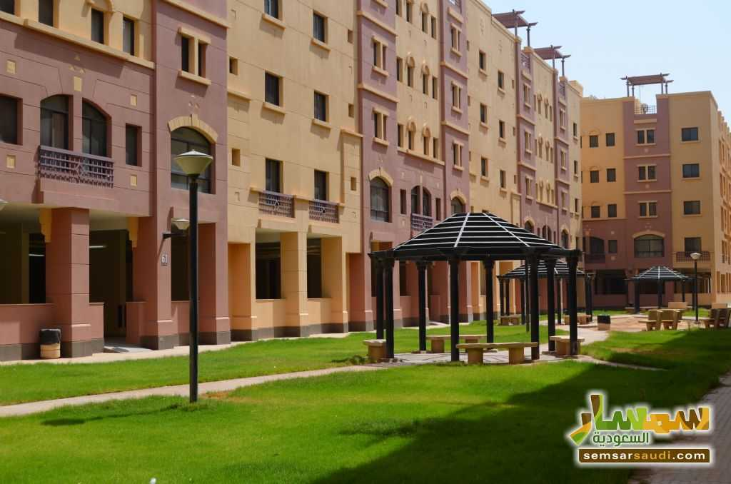Ad Photo: Apartment 4 bedrooms 4 baths 180 sqm extra super lux in Ar Riyad
