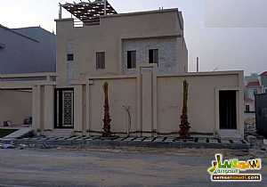 Ad Photo: Villa 4 bedrooms 4 baths 378 sqm extra super lux in Ad Dammam  Ash Sharqiyah