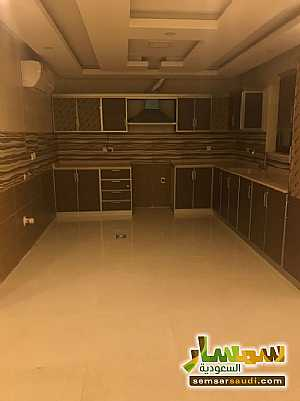 Apartment 2 bedrooms 2 baths 130 sqm super lux For Rent Ad Dammam Ash Sharqiyah - 1