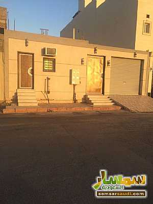 Ad Photo: Villa 4 bedrooms 3 baths 304 sqm super lux in Al Madinah