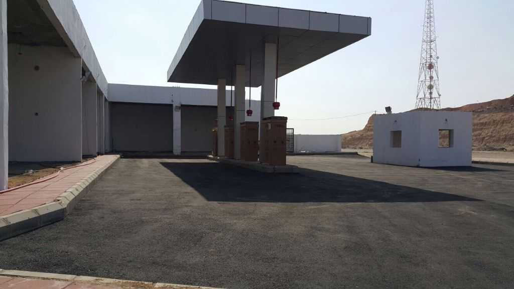 Ad Photo: Commercial 1400 sqm in Jeddah  Makkah