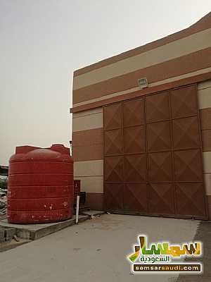 Ad Photo: Commercial 380 sqm in Ad Dammam  Ash Sharqiyah