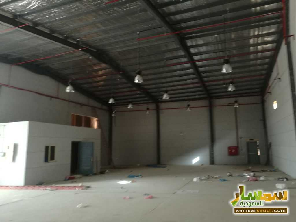 Photo 2 - Commercial 380 sqm For Rent Ad Dammam Ash Sharqiyah